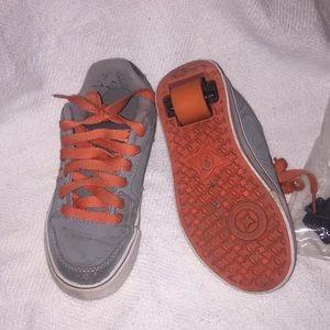Heelys gray orange skateboard shoes sneakers 13 c